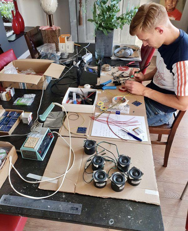 Hard werken voor de hardware in onze kleutertours! Go Jelle 👏🏼💪🏽